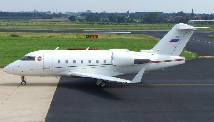 Bombardier Challenger CL-604 авиакомпании Авиасервис