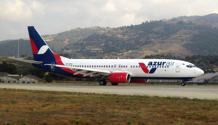 boeing-737-800-azurair