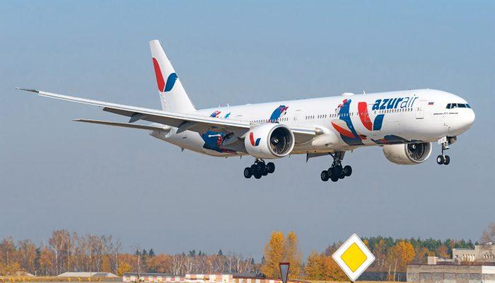 Boeing 777-300ER авиакомпании Azur Air